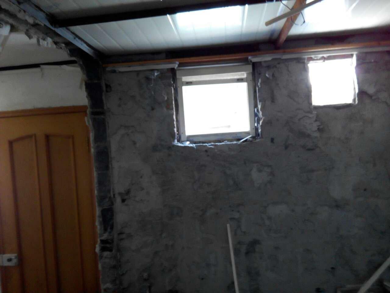 这里是天井里面的卫生间和房间
