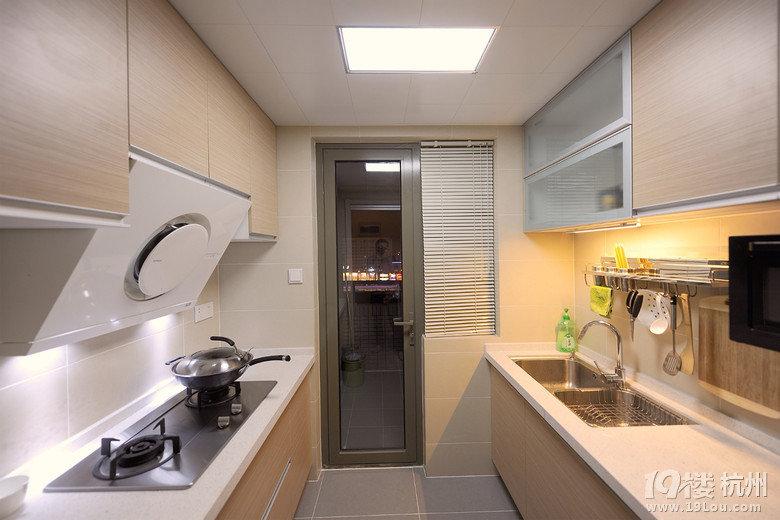 厨房1(1).jpg