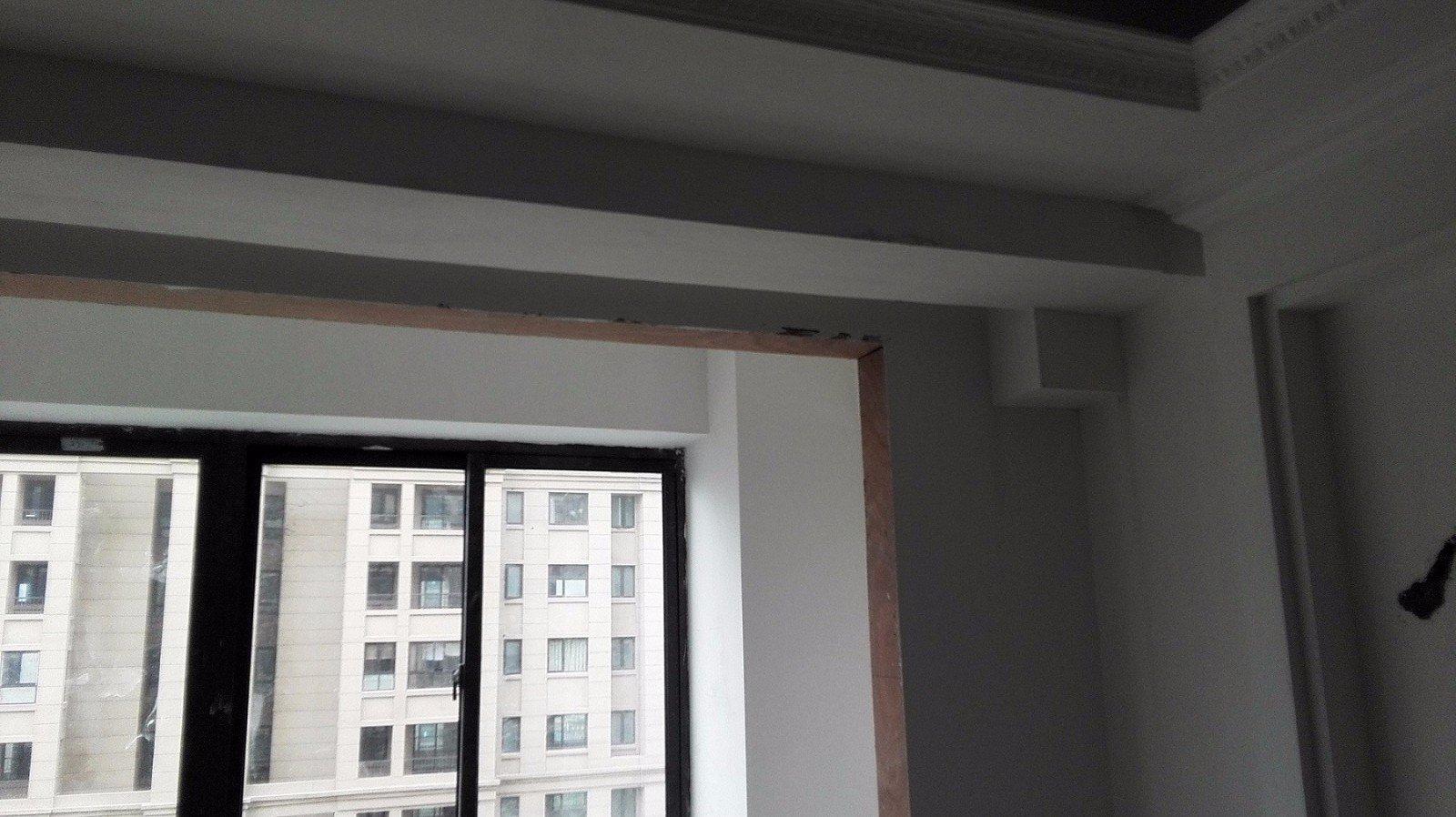 客厅内楼上的下水管道怎么处理?求大修设计
