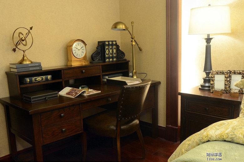 主卧室3.jpg