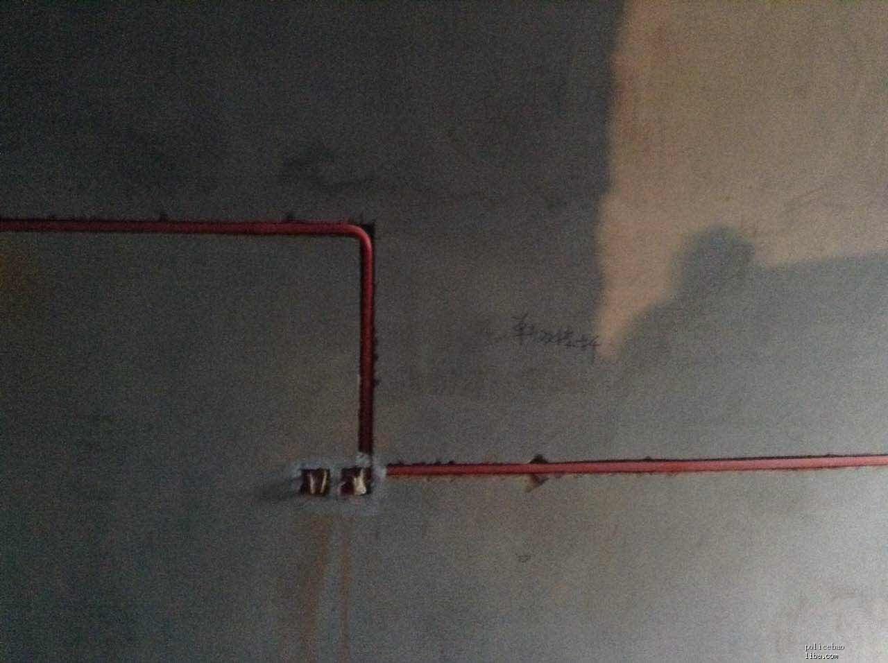 房间2.jpg