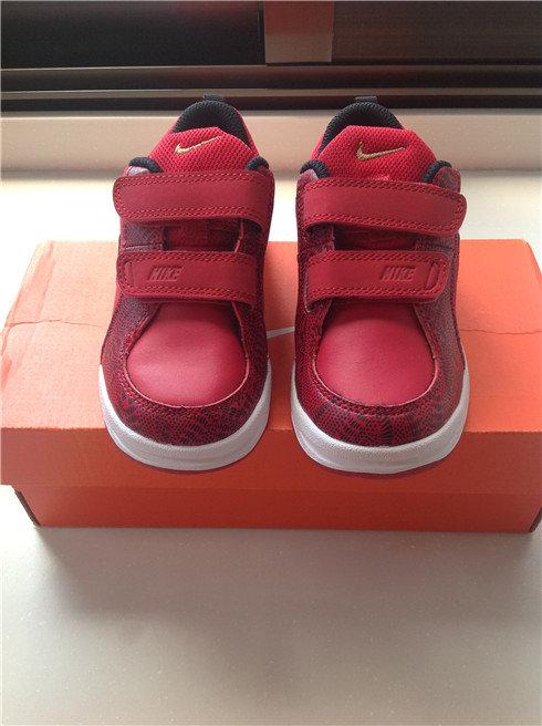 全新转让 1.耐克小童运动板鞋13蛇年特别版 2.adidas三叶草紫色软贝壳头魔术贴板鞋 3.adidas限量款迪士尼怪兽大学小童鞋